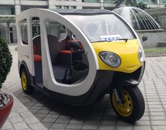 """PETALING JAYA: Motorised tricycles, or popularly known as """"tuk tuk"""", making a presence on our roads is possible as the public voiced their support to . Electric Tricycle, Electric Cars, Tricycle Motorcycle, Motorcycle Helmets, Bicycle Rims, Bike, Motorized Tricycle, Moto Car, Ideas Prácticas"""