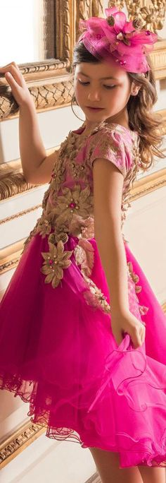 ON SALE!!! Love this LESY Girls Pink & Gold Tulle Party Dress. Perfect for Party Dress for a Little Princess! #kidsfashion #dress #party #princess
