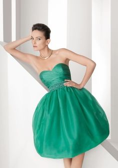 Ball Gown Sweetheart Strapless Short/ Mini in Satin Cocktail Dress