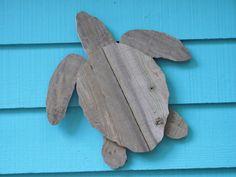 Tortuga de madera reciclado ofrece