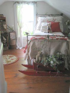 bedroom with iron bed - looks so comfortable Pretty Bedroom, Cozy Bedroom, Bedroom Decor, Magical Bedroom, Bedroom Ideas, Shabby Bedroom, Decorating Bedrooms, Design Bedroom, Kids Bedroom