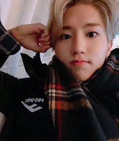 ↳ Quand Minho veut pecho Hyunjin ✰minjin (Minho x Hyunjin) T E R M… # Fanfiction # amreading # books # wattpad Minho, Incheon, Dear Diary, Lee Min Ho, Wattpad, K Pop, Fanfiction, Rapper, Baby Squirrel