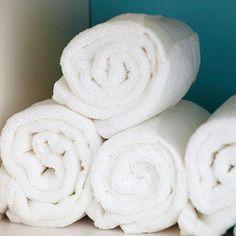 Ideas Towel Storage For Small Bathroom Space Savers Linen Closets For 2019 Bathroom Spa, Bathroom Colors, Bathroom Towels, Bathroom Closet, Bathroom Ideas, Diy Spa Tag, Apartment Closet Organization, Rv Organization, Organizing Tips