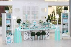 Tammy M's Birthday / Tiffany & Co., Breakfast at Tiffany's Birthday - Photo Gallery at Catch My Party Tiffany Birthday Party, Tiffany Party, Birthday Party Tables, Blue Birthday, Birthday Party Decorations, Baby Shower Decorations, Paris Birthday, Birthday Ideas, Tiffany Blue Decorations