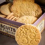 How to make textured biscuits Galletas Cookies, Cake Cookies, Sugar Cookies, Cookie Desserts, Cookie Bars, Cookie Recipes, Biscuits, Mini Cakes, Cakes And More