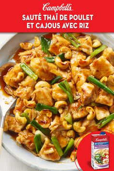 Campbell's Thai cashew chicken stir fry with rice Asian Recipes, New Recipes, Cooking Recipes, Healthy Recipes, Cooking Fish, Cashew Recipes, Cooking Pork, Cooking Videos, Recipes