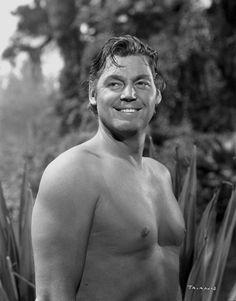 Johnny Weissmuller - Johann Peter Weissmüller - - Acteur Américain - Tarzan, l'homme singe/Tarzan et sa compagne/Jungle Jim Maureen O'sullivan, Old Hollywood Stars, Hollywood Actor, Classic Hollywood, Tarzan Johnny Weissmuller, Tarzan Movie, Classic Movie Stars, Swimmers, Actresses