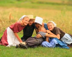 Amish family blog on their experience living off grid in a horse and buggy community.