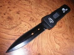NEW Country Western Ross Sharp Knife Hunter Hunting Knife Black Horse according to photo Can Opener, Westerns, Camping, Ebay, Sports, Black, Hobbies, Hunting, Art Deco