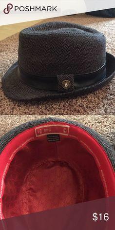 Nixon Fedora Hat Used Fedora hat made by Nixon. Size is 7 3/8 or 59cm.       Search: Nixon, Brixton, matix, RVCA, Hat, fashion Nixon Accessories Hats