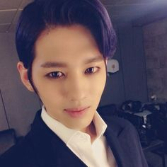 PURPLE HAIR LOOKS SOOO GOOD ON RONNY!!!!!!!!   { #Ron #CheonByeongHwa #BIGFLO #Wave #HyeyoomEntertainment #Kpop }
