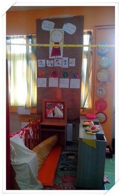 Χαρούμενες φατσούλες στο νηπιαγωγείο: ΣΥΝΑΙΣΘΗΜΑΤΑ - ΘΥΜΟΣ. Frame, Blog, Home Decor, Picture Frame, Decoration Home, Room Decor, Blogging, Frames, Home Interior Design