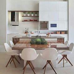 """White & timber #kitchens #cozinhas #decoraçāo #instadesign #instadecor #interiordesign #instahomes #designdeinteriores #homedecor #arquitetura…"""