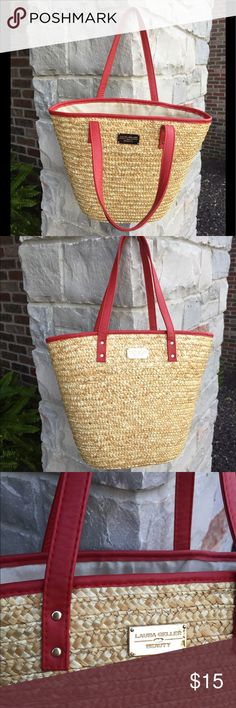 "🎀Laura Geller Beauty straw & red straps handbag Laura Geller Beauty straw & red straps handbag. Ideal for summer outfits and trips to the beach! 🏖. Gently used 💕. Dimensions: 13""L x 4""H x 18.5""W. Bundle 2+ 10% off.  First posher to buy from my closet gets $3.99 shipping! Laura Geller Beauty Bags Totes"