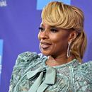 """Diddy will help honor the Queen of hip-hop and soul in ceremony on Jan. 11  Mary J. Blige is about to receive a star on the Hollywood Walk of Fame. On Jan. 11, Blige will get her star in the recording category. The ceremony will also feature Diddy as part of the unveiling. """"Mary J. Blige is one ...Diddy will help honor the Queen of hip-hop and soul in ceremony on Jan. 11   Mary J. Blige is about to receive a star on the Hollywood Walk of Fame. On Jan. 11, Blige will get her star in the…"""