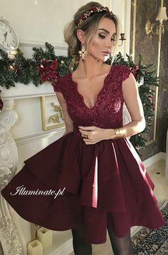 Dahlia burgundy dress Bordowa sukienka na wesele #burgundy #dress #wedding #prom #madeinpoland379zł -> illuminate.pl