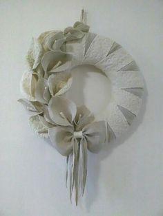 Ghirlanda con calle in stile shabby, interamente realizzata a mano con tessuti sardi artigianali