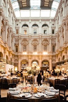 An airy and glam location that is placed right in the middle if the city! For all our international or destination brides, here are 17 absolutely dreamy wedding venues in London that you'll be sure to love. Wedding Reception Venues, Wedding Locations, Wedding Themes, Wedding Tips, Wedding Photos, Dream Wedding, Best Wedding Venues Uk, Reception Ideas, Royal Wedding Venue