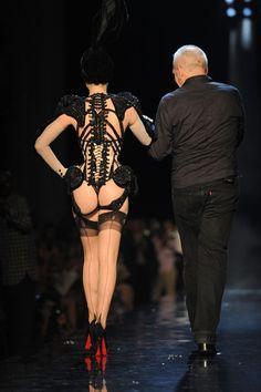 Jean Paul Gaultier Photos - Jean-Paul Gaultier - Runway - PFW Haute Couture F/W 2011 - Zimbio