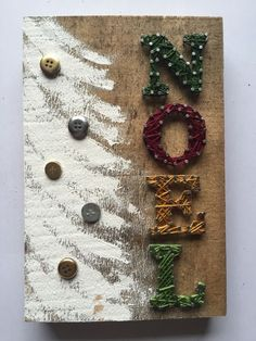 NOEL String Art with Christmas Tree von PurpleFinch . Rustic Christmas, Christmas Art, Christmas Projects, Christmas Decorations, Christmas Tree Painting, Xmas Tree, Nail String Art, String Crafts, Craft Day