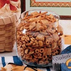 c butter or margarine 2 tbl worcestershire sauce 1 t season salt t garlic powder t onion powder 3 c corn chex 3 c rice chex 3 c wheat chex 1 c nuts 1 c pretzels (My changes: 3 cups nuts, 3 cups homeycombs, 2 cups bugles) 250 Stir every 15 min. Holiday Baking, Christmas Baking, Christmas Mix, Christmas Crunch, Christmas Ideas, Christmas Dishes, Xmas Food, Christmas Foods, Christmas Cookies