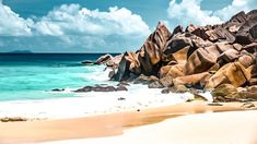 Seychellen offen: ab 25. März ins Paradies - The Chill Report Travel Log, Luxury Travel, Family Travel, Vacation Deals, Travel Deals, Seychelles, Sri Lanka, Voyager Loin, Marine Reserves