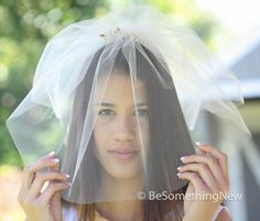 Birdcage Wedding Veil with Wired Pearls and Gold Leaf Comb, Wedding Birdcage Hair Acessory, Bridal Headpiece, Veil