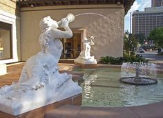 Mermaid Fountain, Kansas City, Missouri