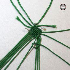 DSCF4449 Macrame Necklace, Macrame Jewelry, Macrame Bracelets, Diy And Crafts, Paper Crafts, Diy Friendship Bracelets Patterns, Loom Beading, Weave, Mandala