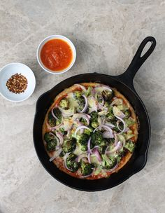 Do you need a weeknight friendly, protein-rich, cozy, quick and customizable one-skillet meal this week? If so, that's what you'll be getting with this Broccoli & Cheddar Skillet Pizza.