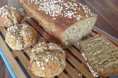 Haferflocken-Quark-Brot Oatmeal Quark Bread, a popular recipe from the baking category. Keto Crockpot Recipes, Pizza Recipes, Low Carb Recipes, Bread Recipes, Keto Bread, Bread Baking, Salsa Verte, Law Carb, Baking Classes