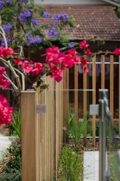 Timber batten and glass pool fence details. Formed Gardens.