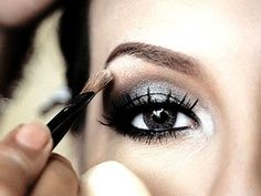 Here's how to use #makeup to make your #eyes look bigger and more beautiful!