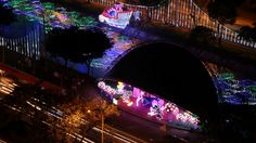 Christmas starts on December the 7th by celebrating the day of the virgin of the immaculate conception. Celebrated by lighting candles illustrated outside of homes, house complexes and churches. The cities are decorated with millions of lights with a tour for every Colombian to enjoy.