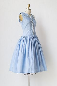 vintage 1950s light blue dress with ruffle collar