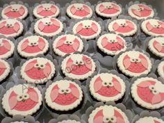"""Owl"" cupcakes!"