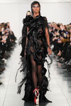 Foto JGESVMMM - John Galliano's eerste show voor Maison Martin Margiela  - Shows - Fashion