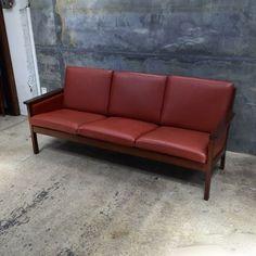mrmod-Danish-Modern-leather-sofa-settee-Getama-Hans-Wegner-oak-3-seater-furniture-mr-midcentury-christchurch-Auckland-NewZealand.