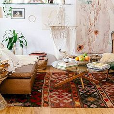 How To Paint IKEA Furniture (laminate, solid wood and metal) Painting Ikea Furniture, Dining Furniture, Painted Furniture, Furniture Redo, White Furniture, Outdoor Furniture, Tan Dining Rooms, Boho Chic Bedroom, Boho Dekor