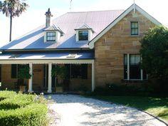 stonehenge stonemason architectural houses. Leading stonemasons in Sydney. Visit www.stonehegestonemasons.com.au