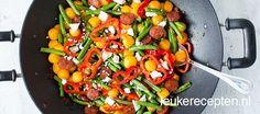 Koken op de camping: roerbak met chorizo Chorizo, Camping Meals, Budget Meals, Pumpkin Spice, Healthy Snacks, Cravings, Snack Recipes, Good Food, Favorite Recipes