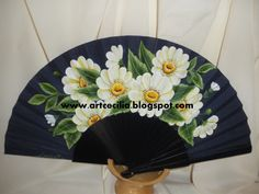 Painted Fan, Hand Painted, Hand Held Fan, Hand Fans, Chinese Fans, Fan Decoration, Waiting Rooms, Diy And Crafts, Fancy