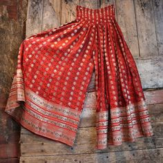 Perfect festive look Indian Fashion Dresses, Dress Indian Style, Indian Designer Outfits, Pakistani Dresses, Indian Outfits, Designer Dresses, Fashion Outfits, Fashion Women, India Fashion