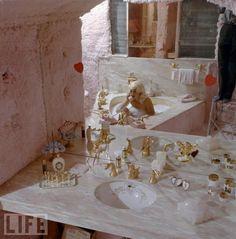 Jayne Mansfield bath