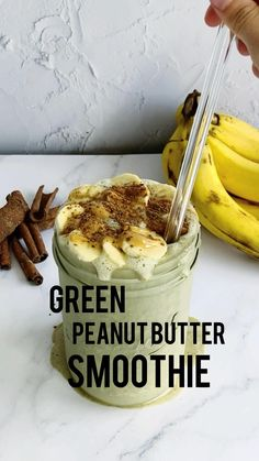 Peanutbutter Smoothie Recipes, Protein Smoothie Recipes, Vegan Smoothies, Healthy Peanut Butter Smoothie, Healthy Food Choices, Healthy Snacks, Raw Food Recipes, Sweet Recipes, Pumpkin Pie Smoothie