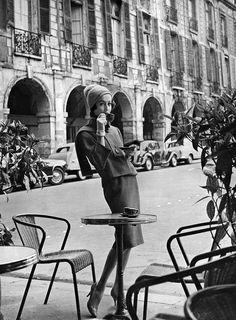 by Kenneth Heilbron, Paris 1960
