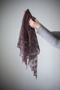 Ravelry: Diamond Ice shawl with DyeForWool Merino/Silk Fingering. Knitting pattern by Janina Kallio from Woolenberry.