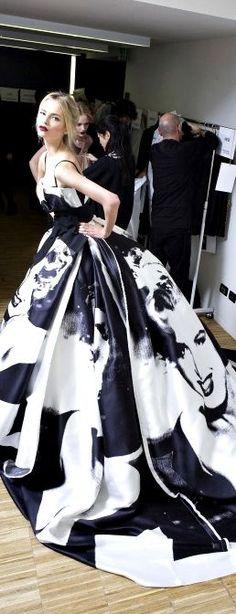 Tendance Robe De Mariée 2017/ 2018 : ZsaZsa Bellagio – Like No Other: Luxurious Life