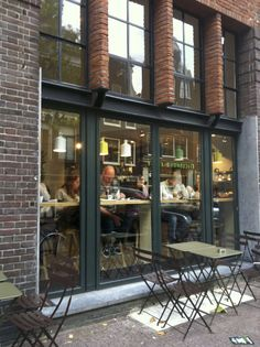 Coffee, de Koffiesalon,Spuistraat,Amsterdam