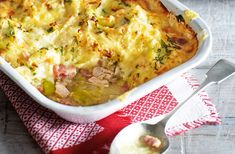 For a quick and easy family dinner, try this hearty cottage pie packed with succulent chicken thighs and crispy bacon lardons and topped with golden potatoes and rich Cheddar cheese. Full of flavour and simple to make – the perfect midweek meal.